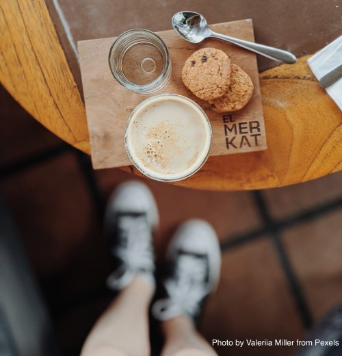 coffee-water-and-cookies-on-the-table-3371220